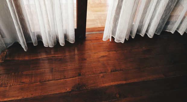 Relativ Holzboden sanieren - damit der Fußboden wieder wie neu ist ZL66