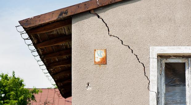 Risse Im Mauerwerk Putz Oder In Der Wand Das Konnen Sie Tun